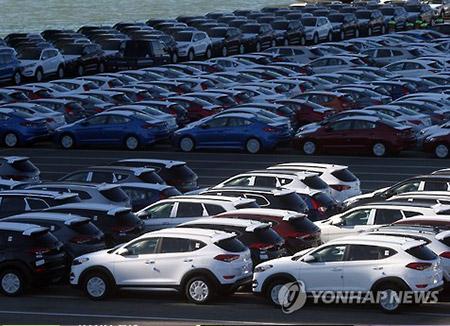 去年の自動車輸出 前年比12%減少