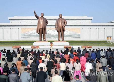 КНДР отмечает день рождения покойного лидера без массовых торжеств