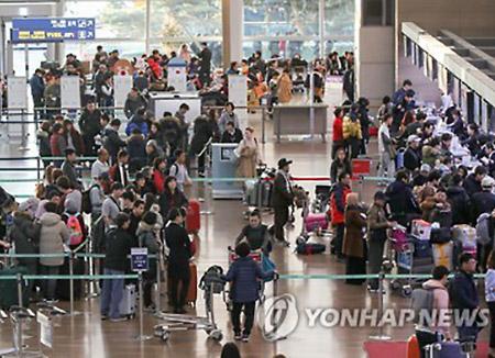 「ソル」連休 海外への家族旅行が増加