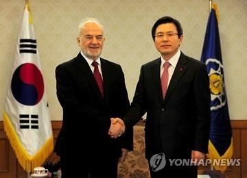 黄教安会见伊拉克外长 呼吁为两国经济合作提供支持