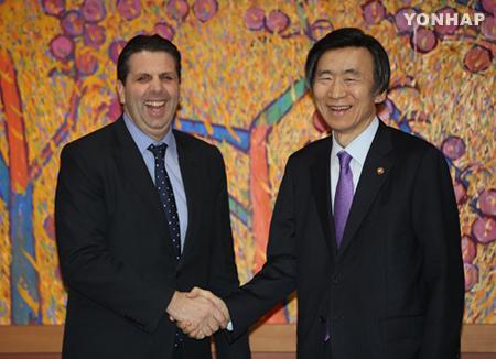 Юн Бён Сэ: Марк Липперт – лучший в истории посол США в РК