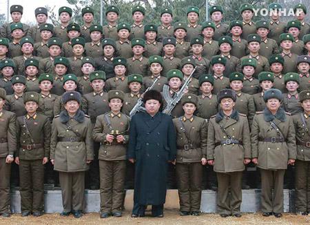 金正恩今年以来首次视察部队
