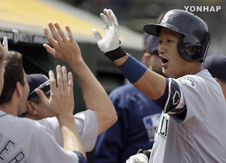 ロッテの李大浩 韓国通算4年連続20本塁打