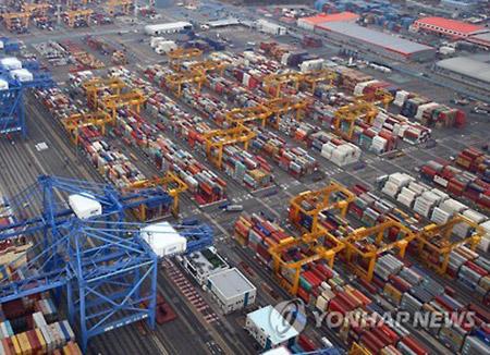 輸出の米中偏重 新たなFTA模索