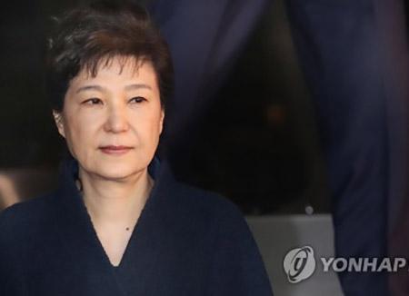 고위공직자 재산공개···박전 대통령 37억 원
