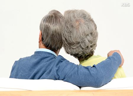 「親の老後の生活費は親自身で」 10年前の2倍に