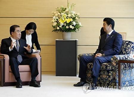 المبعوث الخاص إلى اليابان يلتقي رئيس الوزراء الياباني