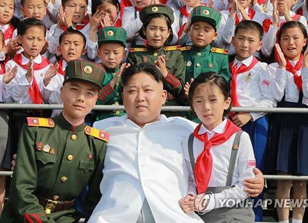 US Intelligence Chief Views Kim Jong-un Unusual, but Not Crazy