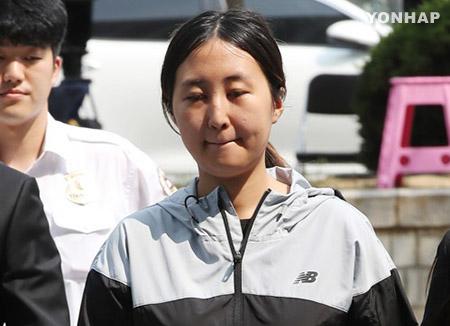 """정유라 두 번째 영장심사···""""도주 우려 없다"""" vs """"구속 필요"""""""