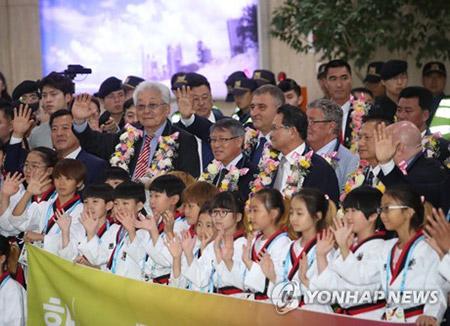 北韓からテコンドー師範団 韓国政府が滞在費支援