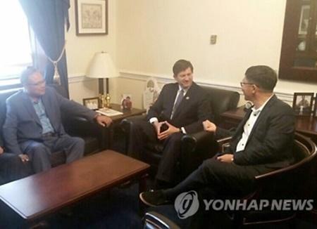 США могут пригласить Мун Чжэ Ина выступить перед обеими палатами Конгресса