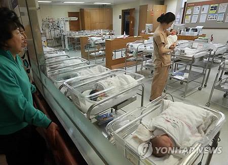 4월 신생아수 13.6% 감소···4월 기준 사상 최저