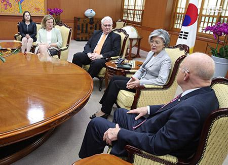 """""""Quan hệ đồng minh Hàn-Mỹ là nền tảng của ngoại giao Hàn Quốc"""""""
