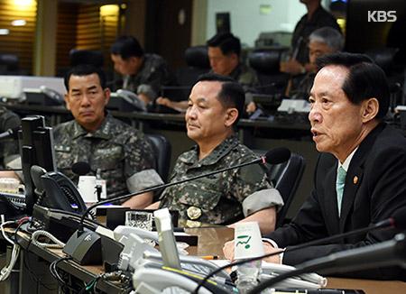 """송영무 """"새로운 국군 건설 각오로 환골탈태해야"""""""