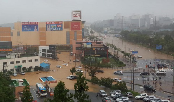 5 Dead Following 300mm of Rainfall in Chungcheong