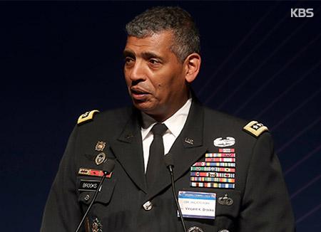 قائد سابق للقوات الأمريكية يدعو إلى زيادة الضغط العسكري على كوريا الشمالية