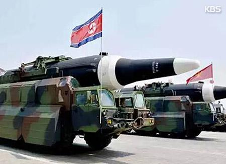 """중국 매체들, 북한의 괌 '포위사격' 위협에 촉각…""""미국 겨냥한 북한 경고"""""""