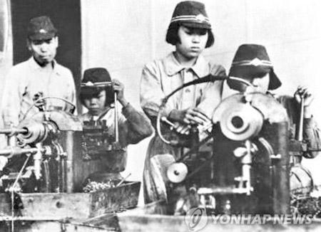 韓国の元徴用工ら 日本企業相手に集団訴訟へ