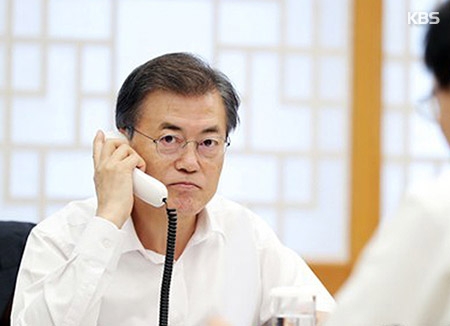 Presiden Moon Membahas Langkah Balasan atas Uji Coba Nuklir Korut dengan Sejumlah Pemimpin