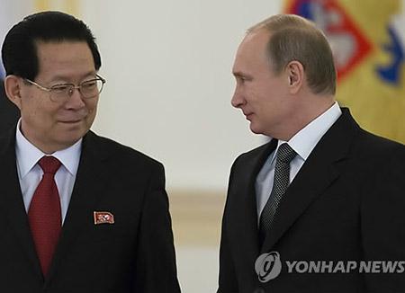 """주러 북한 대사 """"대북 제재에도 핵개발 포기 못해"""""""