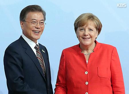 Moon und Merkel beraten über Friedensverankerung auf koreanischer Halbinsel