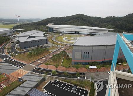 진천선수촌 공식 개촌…'세계 최대' 태극전사 새 보금자리