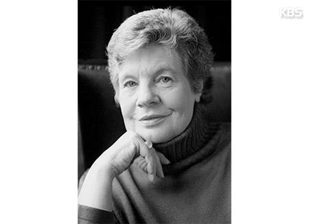VII литературная премия имени Пак Кён Ли будет вручена Антонии Сьюзен Байетт