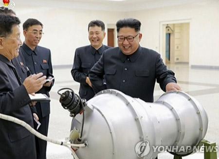 """러 군사전문가 """"북한, 4~5년 뒤 미 본토 타격 핵전력 갖출 것"""""""