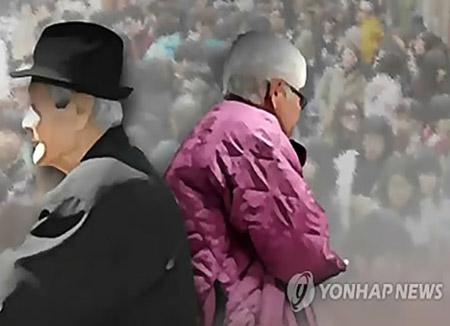 노인의 생활반경은 '도보 15분'…경로당 자주·오래 방문