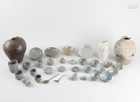명량해협서 유물 120여점 발굴…고려청자·돌포탄 나와