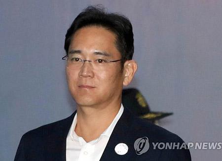 이재용 항소심서 특검-삼성 '안종범 수첩' 증거능력 또 공방