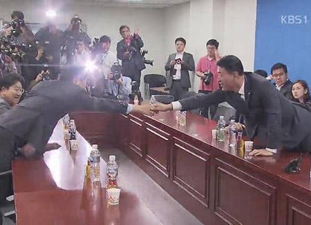 """""""보수대통합추진위 구성""""...합종연횡 본격화되나?"""