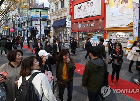 中国からの団体旅行客 来年2月の回復に期待
