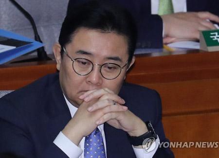 전병헌 수석 조여가는 검찰 수사망…소환조사 '카운트다운'