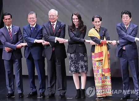 文大統領 ASEANとの「未来共同体構想」発表