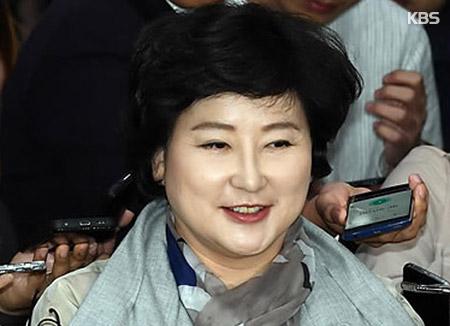 서해순의 반격…김광석 형·이상호 기자에 손해배상청구