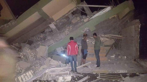 Over 335 Dead After Earthquake in Iran-Iraq Border Area