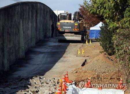 옛 광주교도소 터 발굴 일시 중단…안전점검