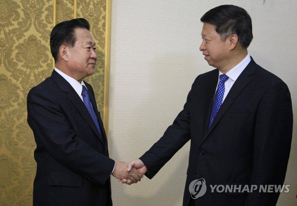 Посланник КНР Сун Тао встретился с зампредом ТПК Чхве Рён Хэ