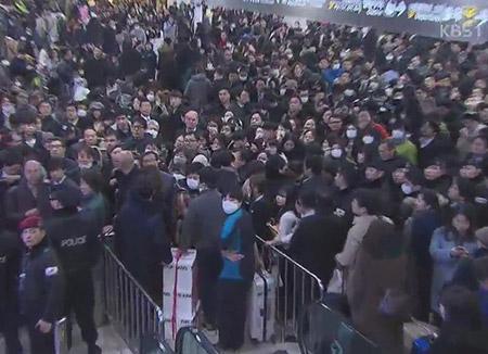 金浦空港で火災 利用客避難