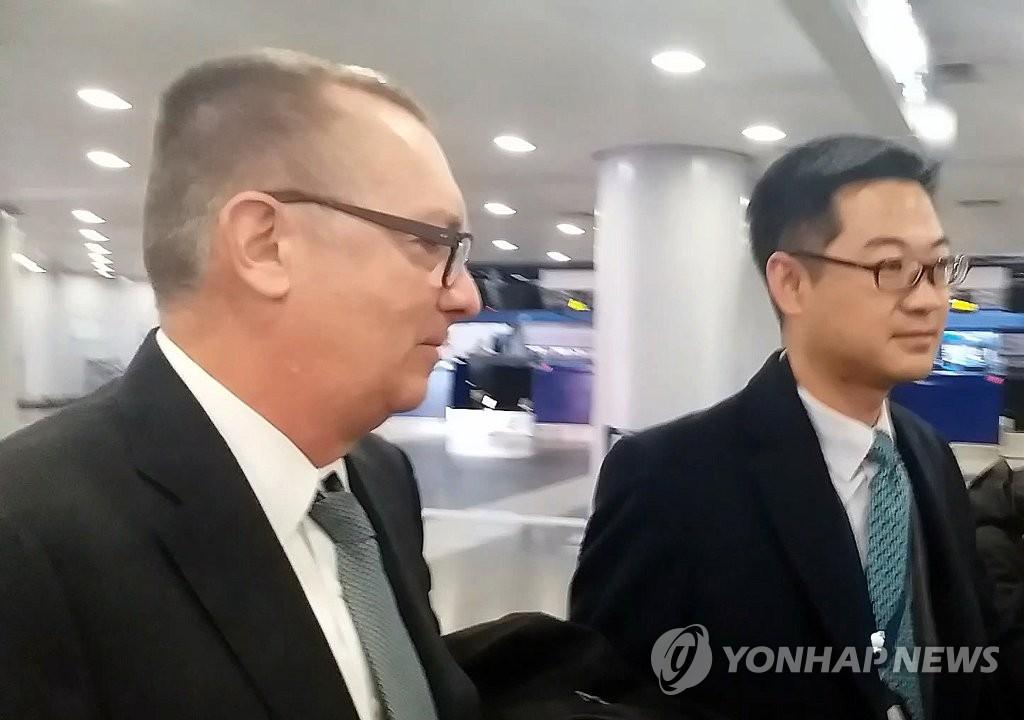 북, 펠트먼 유엔 사무차장 평양 도착 보도