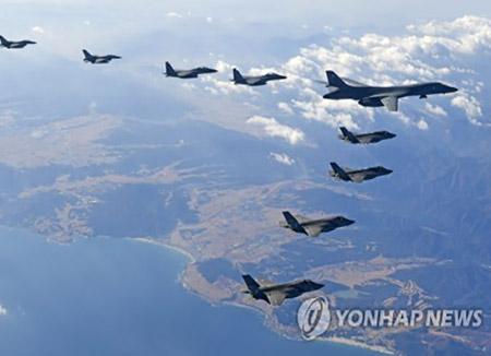 미국 B-1B 폭격기, 이틀 연속 한반도 전개…서해상 폭격 훈련