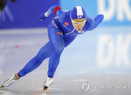 이상화, 평창올림픽 500m·1,000m 출전권 획득 확정