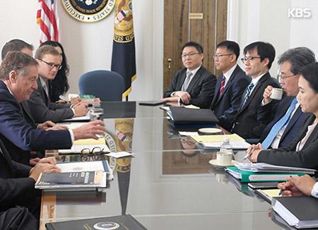 El Gobierno informa a la Asamblea del plan para renegociar el TLC con EEUU