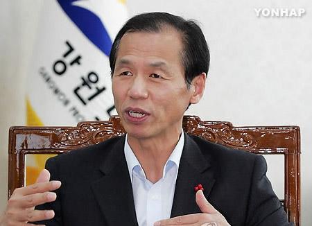 江原道知事欢迎北韩代表团参加平昌冬奥会