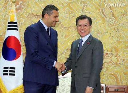 文在寅大統領 訪韓中のUAE長官と会談