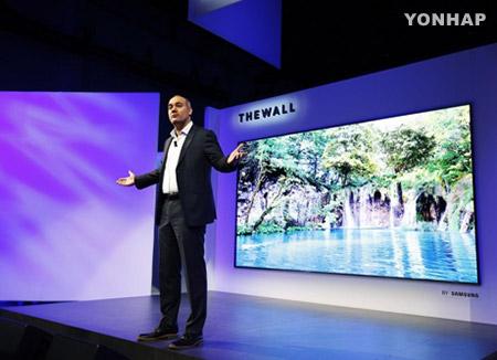 올해 CES 최고의 제품은?…삼성 '더 월', LG '씽크 큐' 등 꼽혀