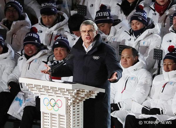 IOC会長 平昌五輪後、北韓訪問へ