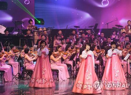 北韓芸術団が江陵で公演 韓国で15年半ぶり