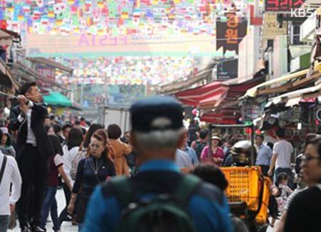 Des marchés traditionnels sud-coréens se transforment en sites touristiques